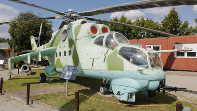 01 - Mil Mi-24V Hind E - Russia - Air Force
