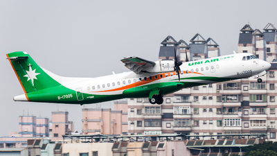 A picture of B17005 - ATR 72600 - UNI Air - © YIFENG SHEN