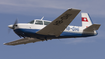 HB-DHI - Mooney M20J - Private