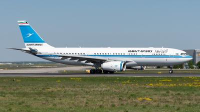 9K-APA - Airbus A330-243 - Kuwait Airways