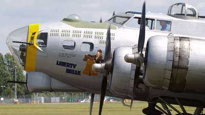 N390TH - Boeing B-17G Flying Fortress - Private