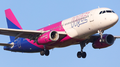 A picture of HALYL - Airbus A320232 - Wizz Air - © Holm H