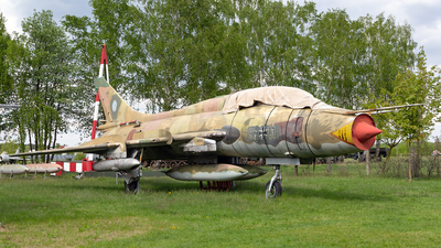98-11 - Sukhoi Su-22UM3K Fitter G - Germany - Air Force
