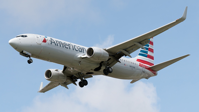 A picture of N894NN - Boeing 737823 - American Airlines - © Cristian Quijano