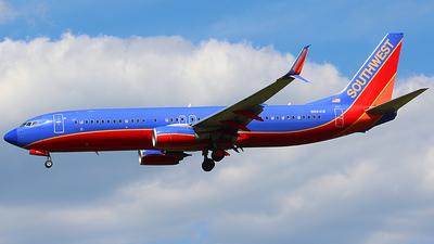 N8641B - Boeing 737-8H4 - Southwest Airlines