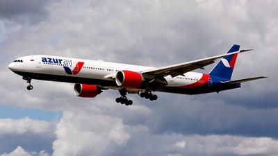 VQ-BZD - Boeing 777-31HER - Azur Air