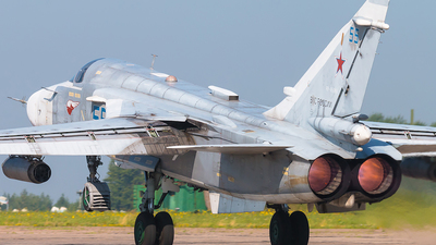 RF-95088 - Sukhoi Su-24M Fencer D - Russia - Air Force