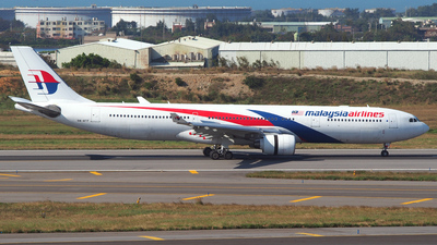 A picture of 9MMTF - Airbus A330323 - Malaysia Airlines - © Rex Tsai