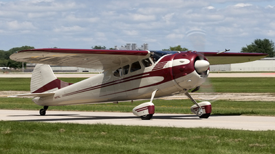 N47KL - Cessna 195A - Private
