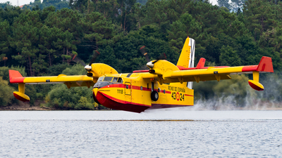 UD.13-24 - Canadair CL-215T - Spain - Air Force