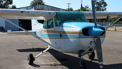 CS-AYV - Cessna 172N Skyhawk II - Private