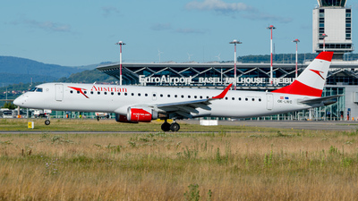 A picture of OELWC - Embraer E195LR - Austrian Airlines - © Stefan Gschwind
