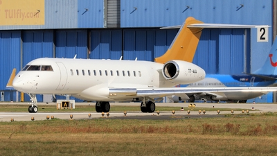 T7-AAA - Bombardier BD-700-1A10 Global Express XRS - Private