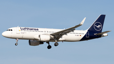 A picture of DAIWC - Airbus A320214 - Lufthansa - © Michael Knüfer