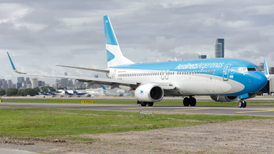 A picture of LVFXQ - Boeing 7378MB - Aerolineas Argentinas - © Cris.Spotter.mg