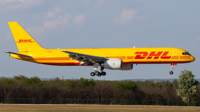 A picture of GBMRI - Boeing 757236(SF) - DHL - © Ferenc Kobli