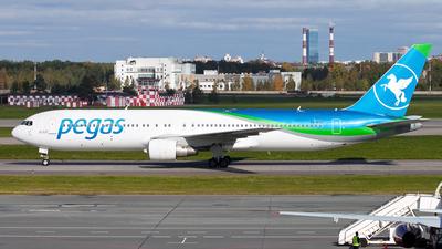 VQ-BTQ - Boeing 767-3Q8(ER) - Ikar
