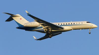 OE-LML - Bombardier BD-700-1A10 Global 6000	 - Private