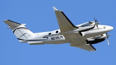 A picture of N239JV - Beech B200 Super King Air - [BB1014] - © DJ Reed - OPShots Photo Team