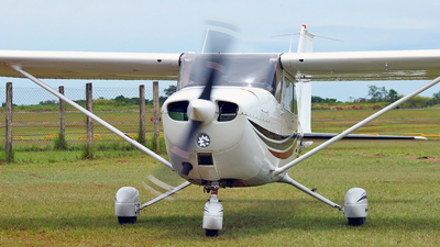 ZP-TNJ - Cessna 172 Skyhawk - Private