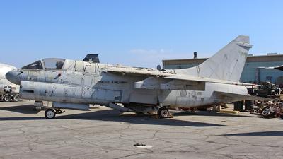 154475 - LTV A-7B Corsair II - United States - US Navy (USN)