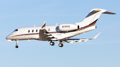 N739QS - Bombardier BD-100-1A10 Challenger 350 - NetJets Aviation