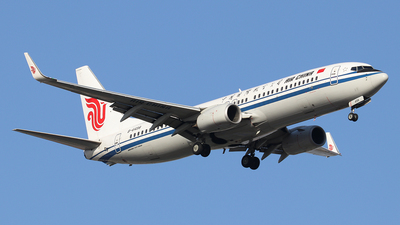 A picture of B6498 - Boeing 73789L - Air China - © Jerry.H