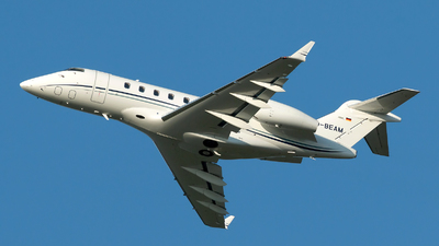 D-BEAM - Bombardier BD-100-1A10 Challenger 300 - Private