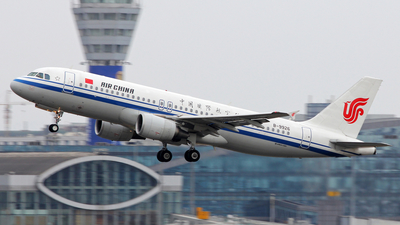 B-9926 - Airbus A320-214 - Air China