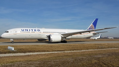 A picture of N17963 - Boeing 7879 Dreamliner - United Airlines - © Eugen O.