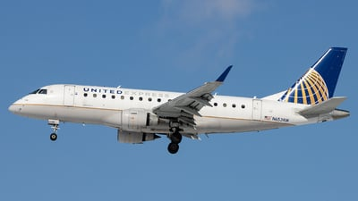 A picture of N653RW - Embraer E170SE - United Airlines - © Sean Brink