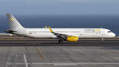 A picture of ECMRF - Airbus A321231 - Vueling - © Leandro Hdez
