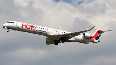 F-HMLF - Bombardier CRJ-1000 - HOP! for Air France