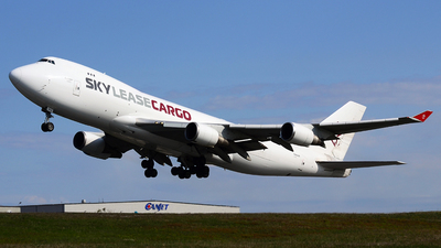 A picture of N904AR - Boeing 747428F(ER) - Sky Lease Cargo - © Scott Pindera