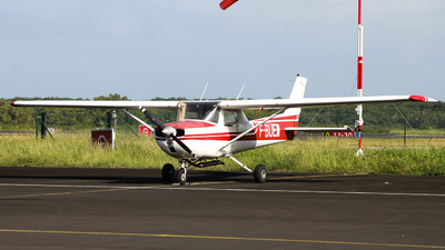 F-BUEM - Cessna 150L - Martinique Easy Fly