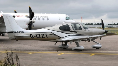 G-IZZT - Cirrus SR22T Carbon - Private
