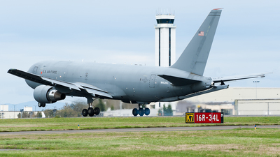 A picture of N462KC - Boeing KC46A Pegasus - Boeing - © SpotterPowwwiii