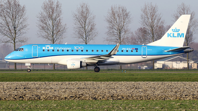 A picture of PHEXJ - Embraer E175STD - KLM - © Jeroen Stroes