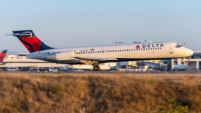 N935AT - Boeing 717-231 - Delta Air Lines