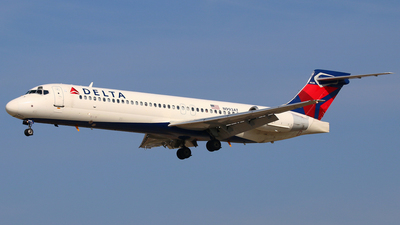 N993AT - Boeing 717-2BD - Delta Air Lines