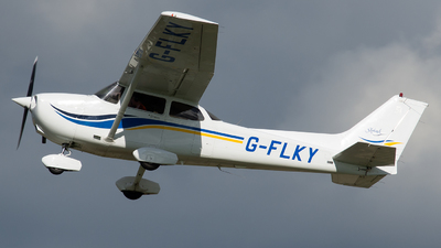 G-FLKY - Cessna 172S Skyhawk SP - Private