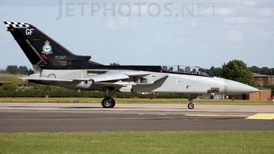 ZE887 - Panavia Tornado F.3 - United Kingdom - Royal Air Force (RAF)