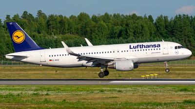 A picture of DAIUZ - Airbus A320214 - Lufthansa - © Laszlo Fekete