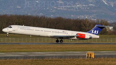 OY-KHG - McDonnell Douglas MD-82 - Scandinavian Airlines (SAS)