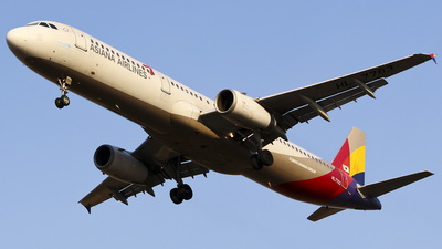 HL7703 - Airbus A321-231 - Asiana Airlines