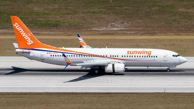 A picture of CGKVV - Boeing 73786N - [38027] - © Marcel Hohl