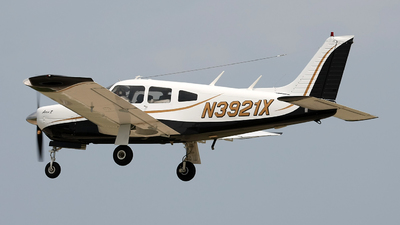 N3921X - Piper PA-28R-200 Cherokee Arrow - Private