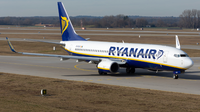 A picture of EIDLB - Boeing 7378AS - Ryanair - © Julian Azeroth