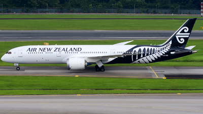 ZK-NZQ - Boeing 787-9 Dreamliner - Air New Zealand