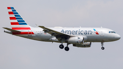 A picture of N816AW - Airbus A319132 - American Airlines - © Martin Pinnau